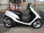 売約済み ヤマハ JOG-C(2001年式中古車)ホワイト色!最高速度60km!走行距離4906km加速良いです!