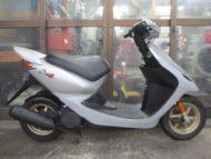 ホンダ スマートDIO-Z4(2002年式中古車)シルバー色!最高速度60km以上!走行距離8705km燃費良く!速い!
