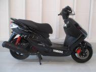 ヤマハ シグナスX-FI(中古)ブラック色 最高速度100km!走行距離2635km!乗り易く!速いです!